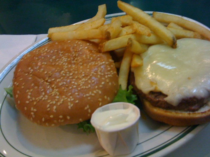 Mel's Drive-In Cheese Burger