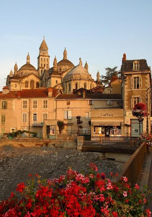 Catedral Saint-Front de Périgeux Calle de Périgeux ©CRTA - Laurent Reiz